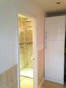 2-Utility room with shower room
